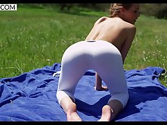 Yoga with Alexis Crystal - XCZECH.com