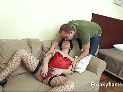 Older bitch wth shaved big cunt getting guy in hardcore sex action till cumshot